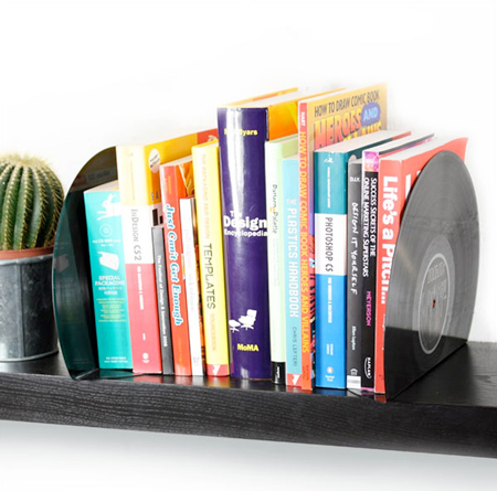Giveaway: win some cool vinyl bookends by Spinning Hat