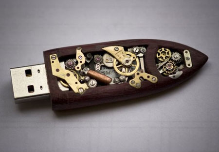 A collection of cool USB flash drives