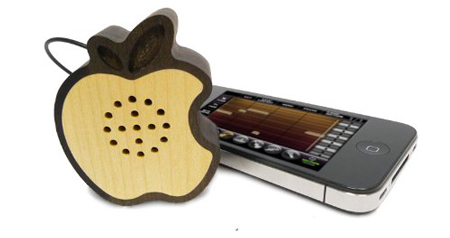 10 awesome wooden gadgets