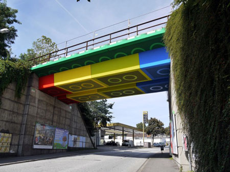 Street artist creates giant Lego bridge in Germany