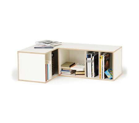 Silent corner shelf