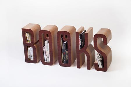 Books_full_right_iso_905px_v2_905