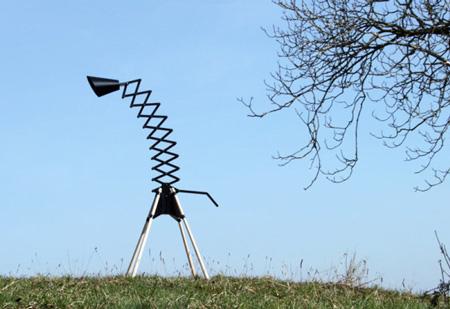 GIRAFFE-Lamp-Bernhard-Burkard-2-600x412
