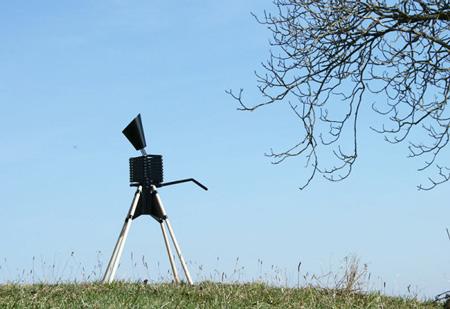 GIRAFFE-Lamp-Bernhard-Burkard-3-600x412