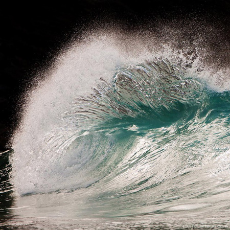 Powerful-Waves2-640x640