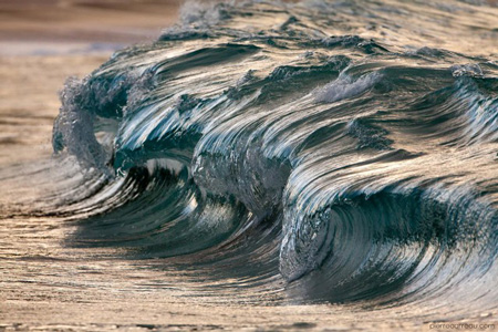 Powerful-Waves7-640x426