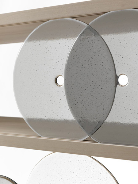 rotating-disk-shelf-nendo-7-600x800