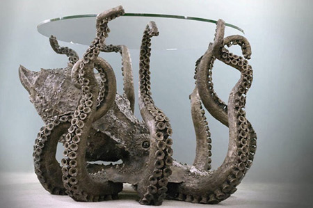 Amazing Metal Octopus Table