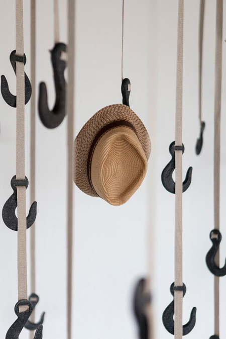grapple-sustainable-coat-rack-with-hooks-600x899