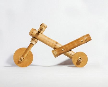 dezeen_Bamboo-tricycle-by-a21-studio_2