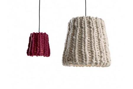 wool-granny-lamp