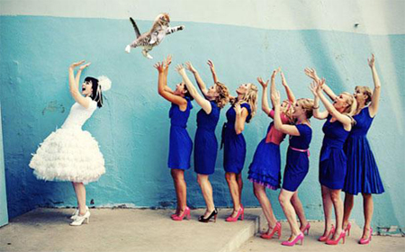 Bride's bouquets replaced by flying cats
