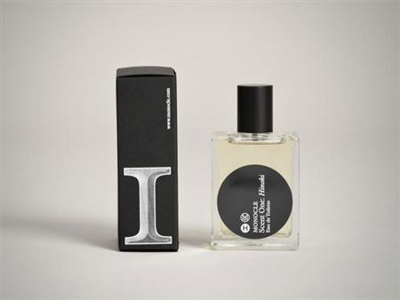 Packages for Monocle Perfume