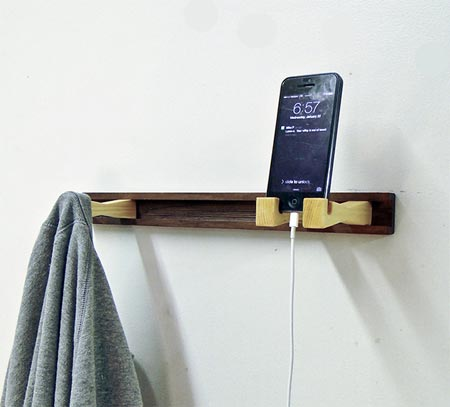 All-in-one wall accessory