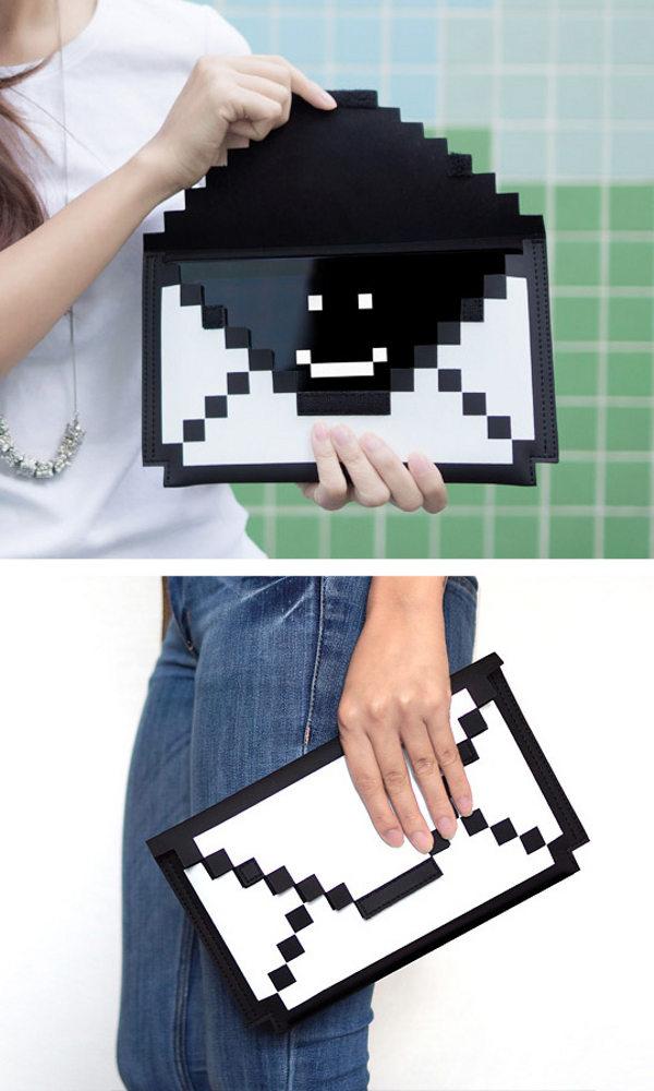 gadget-8-bit-sleeve2
