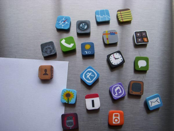 iphone-icon-fridge-magnets_1