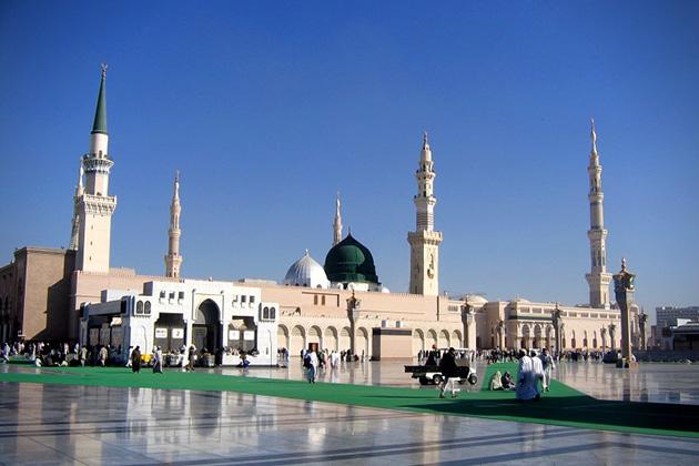 Al-Nabawi-Mosque-Medina-Saudi-Arabia