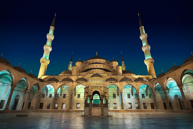 10 of the most beautiful mosques in the world
