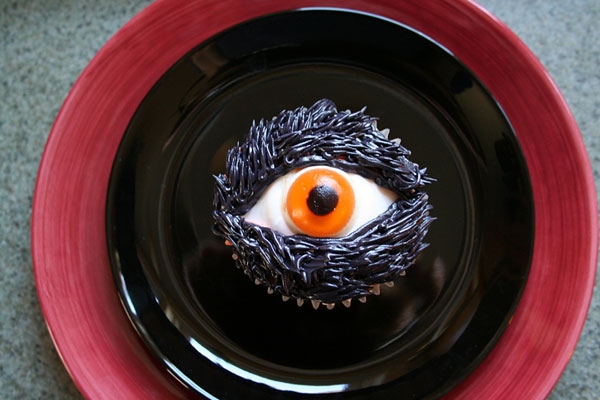halloween_cupcakes_beautifullife_09