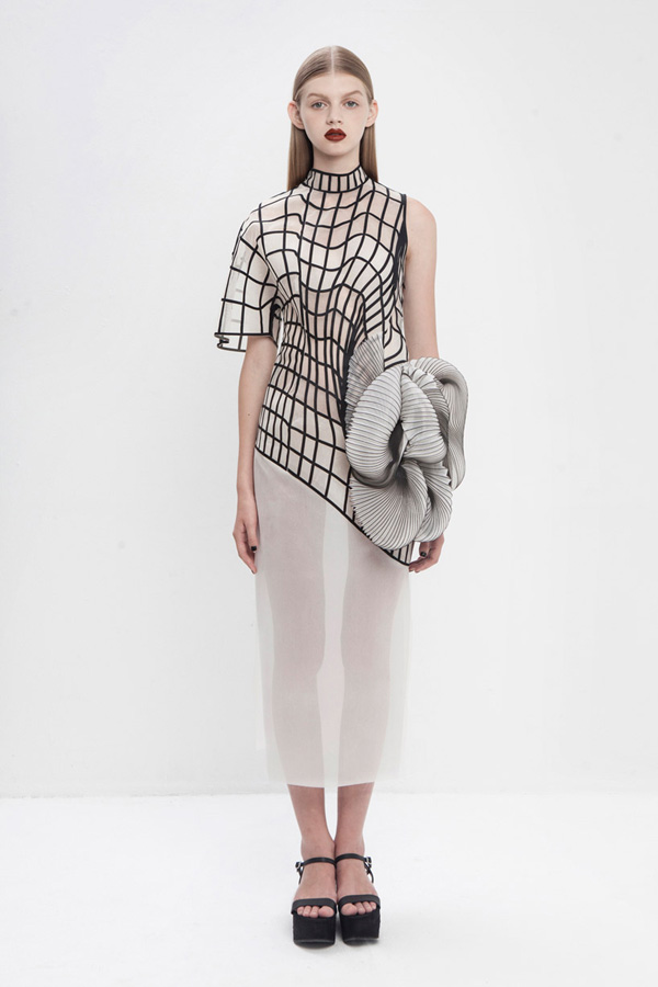 noa-raviv-stratasys-hard-copy-fashion-collection-3d-printing-israel-designboom-10