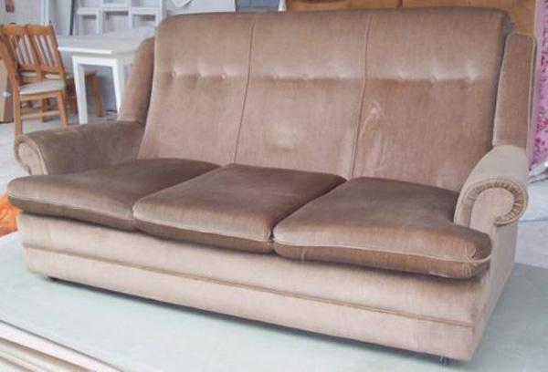 sofa-cum-pool-table-1