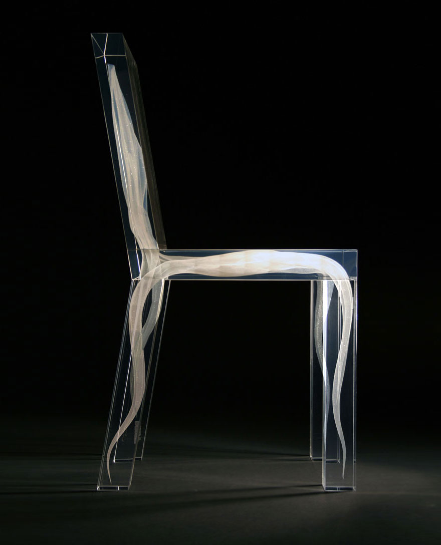 10 amazing chair designs designer daily graphic and web design blog - Chaise plexiglass design ...