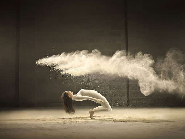 Spectacular photos of dancers by Jeffrey Vanhoutte