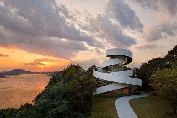 The ribbon chapel is spiraling to the sky