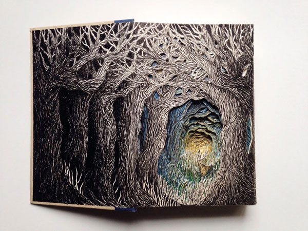 This artist gives a new life to old books