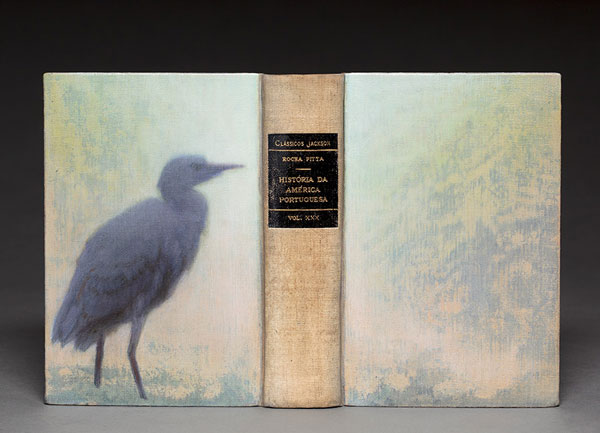 The natural habitat of birds sculpted into books