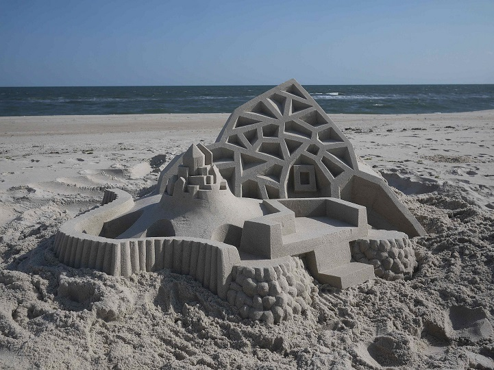 Stunning architectural sand castles by Calvin Seibert