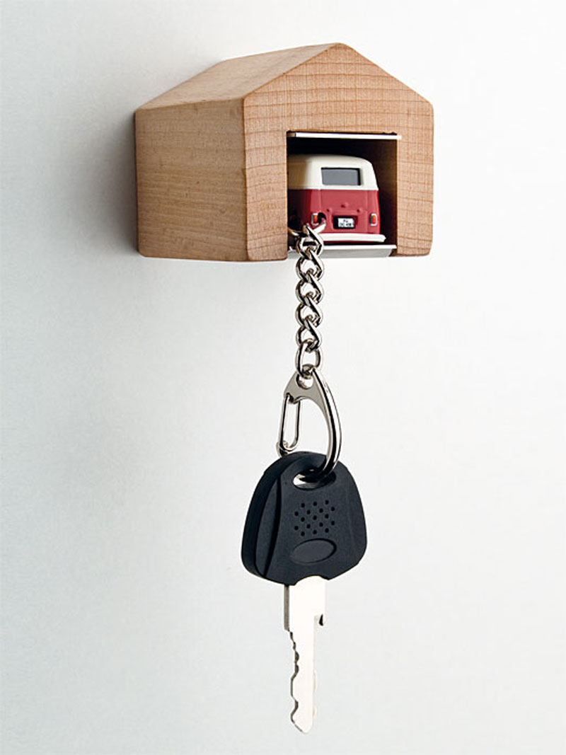 The car keyholder that comes with a garage