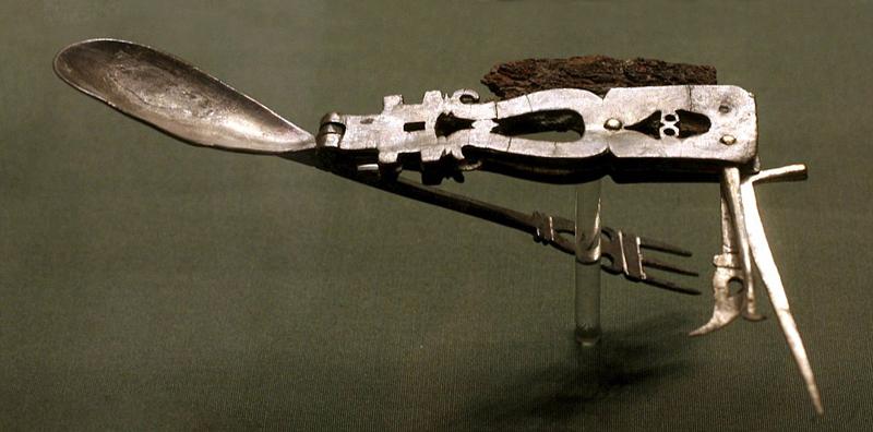 couteau-suisse-rome